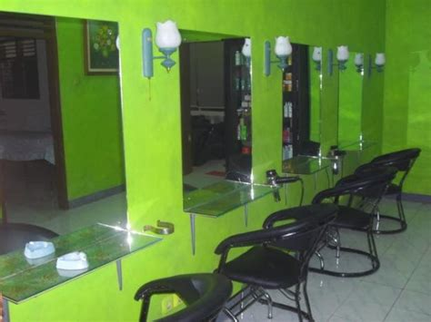desain lemari salon tips menata sebuah desain salon kecantikan