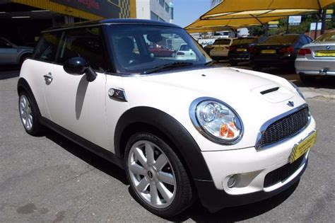 where to buy car manuals 2010 mini cooper clubman spare parts catalogs 2010 mini cooper s manual cars for sale in gauteng r 169 995 on auto mart