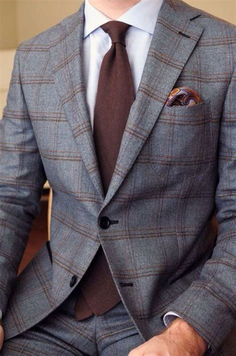 pattern shirt with dark gray suit patterned suit and blue tie mens suits tips