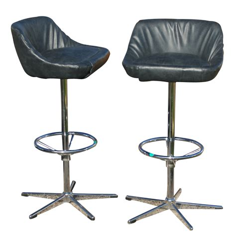 Retro Stools 2 Vintage Bar Counter Stools Arne Jacobsen Style Base