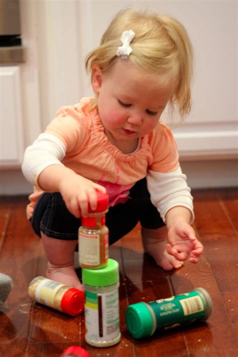 for toddlers toddler approved simple independent play activities for