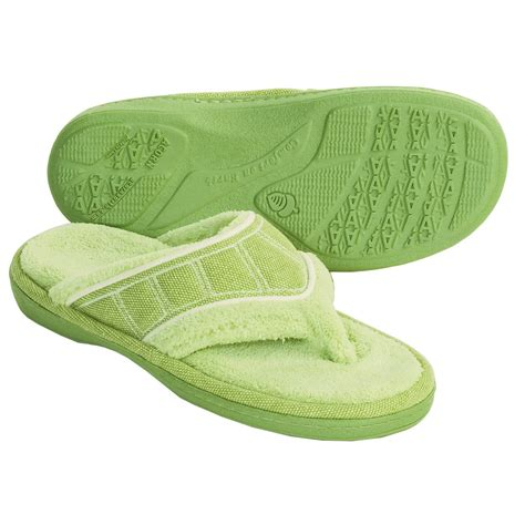 spa slippers acorn sporty spa slippers for 2676g save 46