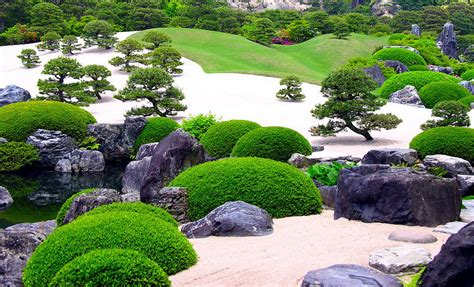 adachi the best gardens in japan