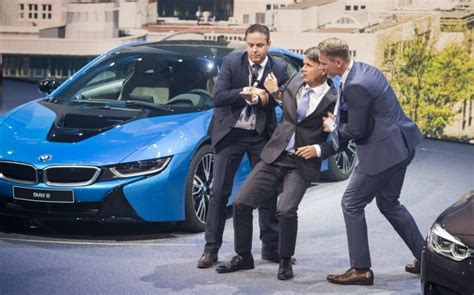 bmw ceo faint harald krueger bmw ceo collapses during presentation at