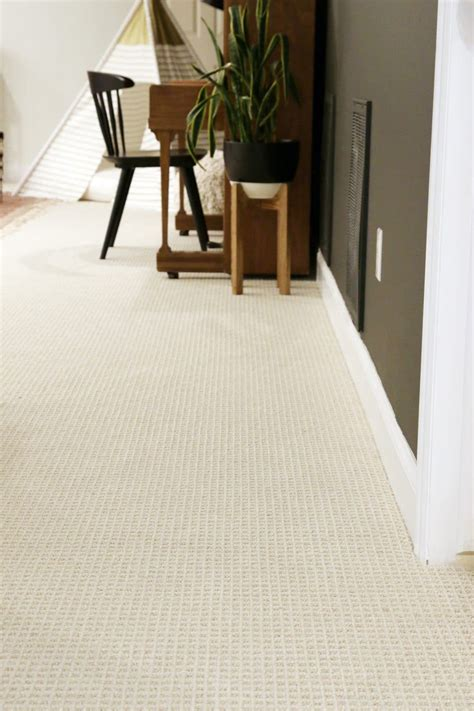 wall carpet tips for choosing wall to wall carpet in a modern family