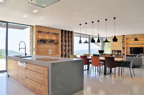 casa madera moderna moderna casa de piedra en una colina italiana arquitexs