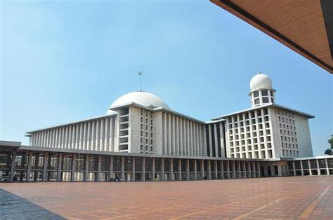 travelplusindonesia makna tur keliling masjid istiqlal