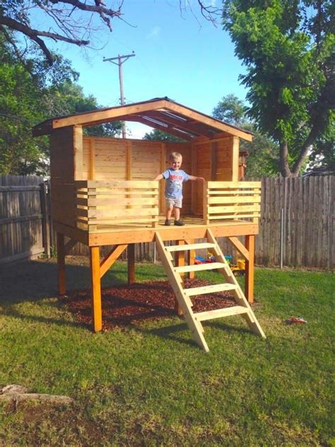 kids backyard forts best 20 kid forts ideas on pinterest diy playhouse