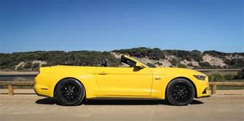 2016 ford mustang gt convertible weekender photos