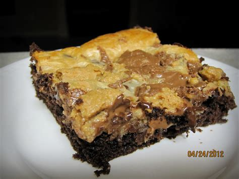 peanut butter bars with chocolate on top chocolate peanut butter bars