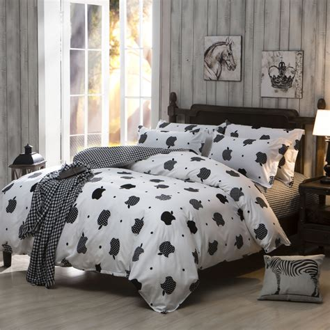 King Size Quilt Covers Cheap by 2016 Sale Black And White Home Textiles Plain Printed Comforters Cheap Soft Bedding Sets