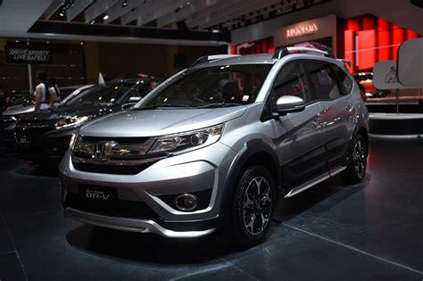 Produk Ukm Bumn Sho Mobil Motor apa saja fitur baru di new honda br v marketeers