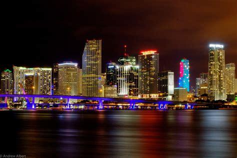 miami city skyline at night miami skyline google search dolphins rule pinterest