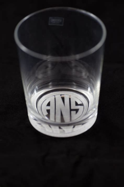 Engraved Bar Glassware 301 Moved Permanently