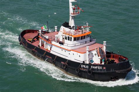 tugboat names asisbiz tugboats tugboat emilio panfido imo 6914801