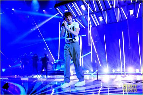 charlie puth run around charlie puth performs how long at iheartradio music