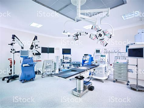 operating room pictures modern hospital operating room with monitors and equipment stock photo 511934144 istock