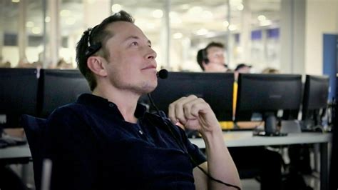 elon musk engineer spacex explains why it lost an air force space bid to ula