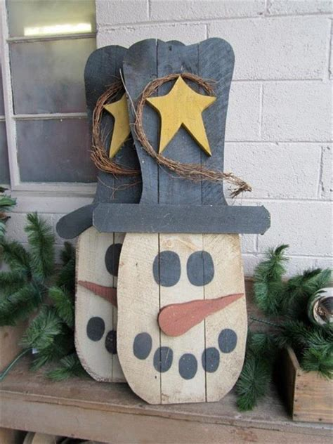 welcome winter with wooden pallet snowman pallets designs