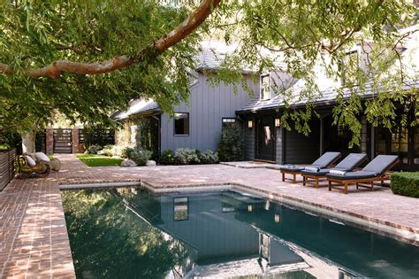 The Patio South Ta by Swimming Pool Of The Week A Modern Update In Beverly