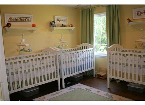 Triplet Cribs by How To Organize Three Cribs Hmmm Bebes Y Ni 241 Os