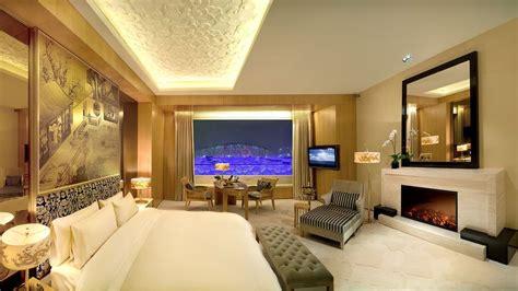 simple step  turn  bedroom    star hotel