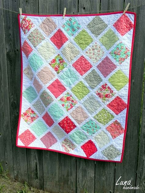 Quilts Made With Charm Packs by 100 Best Images About One Charm Pack Quilts On
