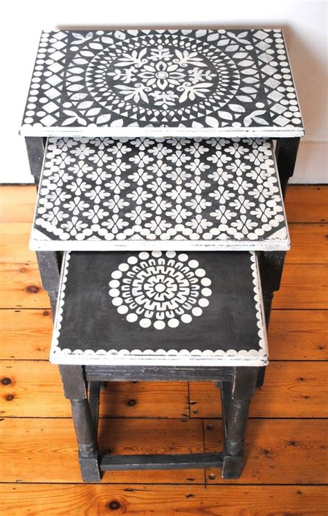 Stencil Table by Best 20 Stencil Table Ideas On