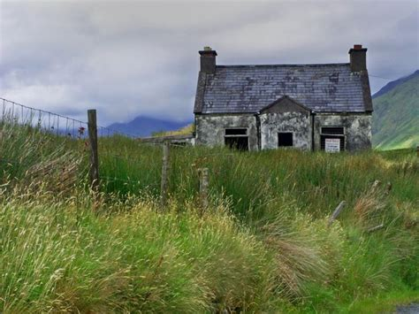 Country Cottages Ireland Cottage For Sale Mansions Cottages And Vintage