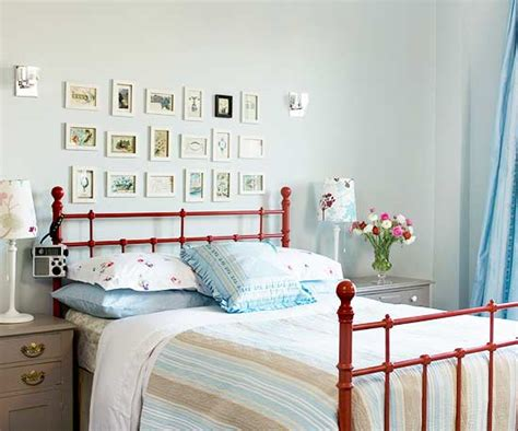 ideas to decorate a small bedroom how to decorate a small bedroom