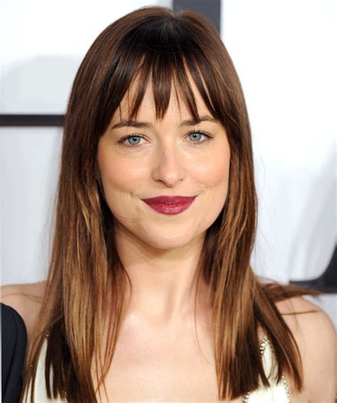 how to cut bangs like dakota johnson dakota johnson hairstyles in 2018