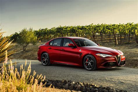 2017 alfa romeo giulia qv offers 500hp at 70k
