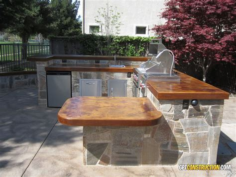Table West Sacramento by Custom Outdoor Kitchens Gpt Constructiongpt Construction