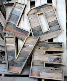 reclaimed wood vs new wood 25 best ideas about reclaimed wood projects on pinterest