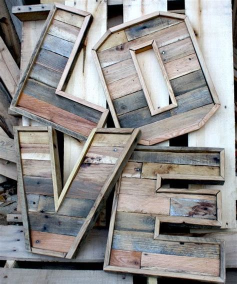 reclaimed wood vs new wood 25 best ideas about reclaimed wood projects on glass holders glass rack and wine