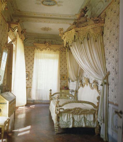 purple boudoir bedroom 1000 ideas about french boudoir bedroom on pinterest exotic bedrooms romantic