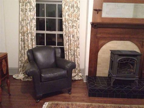 chalk paint vinyl chair 11 best images about chalk paint vinyl leather on