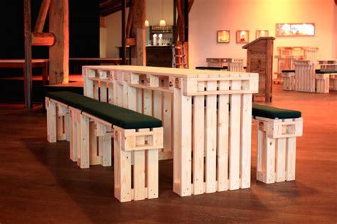pavillon aus paletten biergarnituren aus paletten paletten festzeltgarnituren