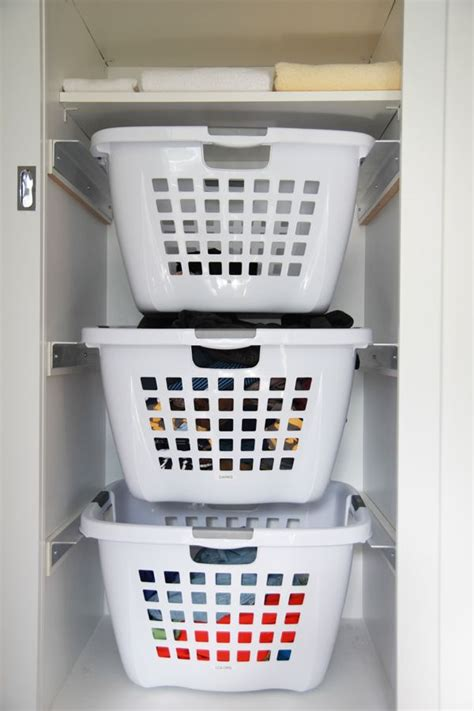 laundry room baskets 25 best ideas about laundry baskets on laundry basket storage apartment laundry