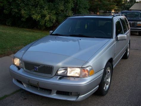 volvo v70 r wagon for sale find used 2000 volvo v70 r awd wagon 4 door 2 4l great