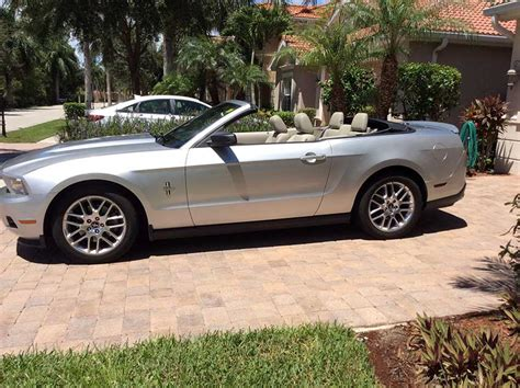 v6 mustang for sale silver 2011 ford mustang convertible automatic v6 for sale