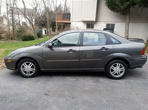 service manual 2004 ford focus remove charcoal can 3fafp31z44r126409 2004 charcoal ford sell used 2004 ford focus zts sedan 4 door 2 3l in hagerstown maryland united states for us