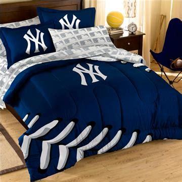 new york yankees comforter set yankees comforter set with pillow shams