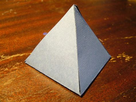 how to make a pyramid out of cardboard 8 steps