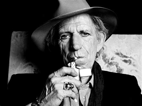 Kaos Musik Keithrichards keith richards on crosseyed it s rock n roll but he likes it the new york times