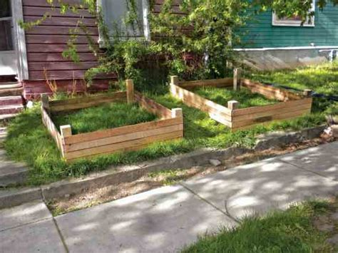 easy to build raised bed gardening plans using reclaimed