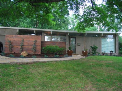 mid century modern ranch house best 25 mid century exterior ideas on pinterest mid