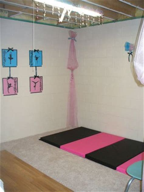 gymnastics bedroom 49 best images about room ideas on pinterest