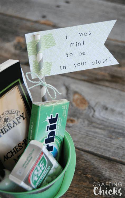 themed gift giving mint themed teacher gift easy affordable
