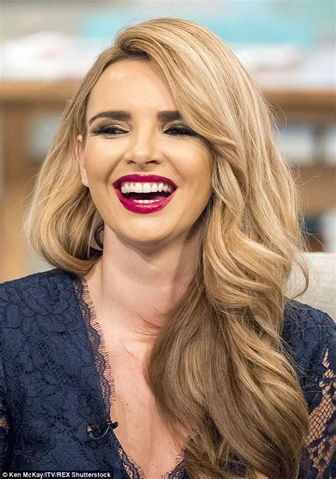 Little Berry Nadine Coyle Suffers A Massive Make Up Fail On Itv S